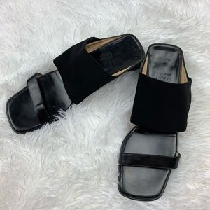Ferragamo Salvatore Block Heel Sandals Size 8.5 !